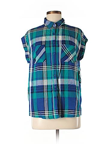 No Boundaries Short Sleeve Button-Down Shirt Size M