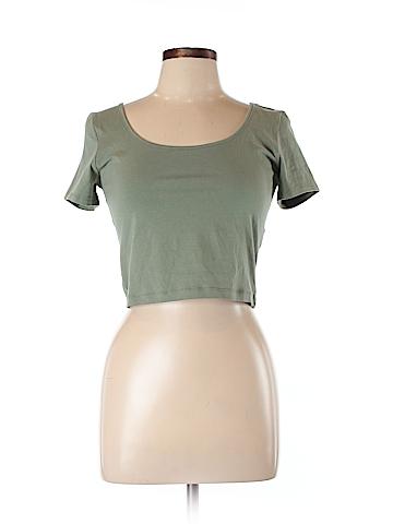 Charlotte Russe Short Sleeve T-Shirt Size L