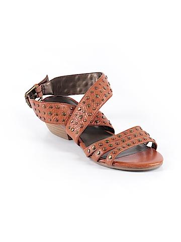 Zodiac Sandals Size 7