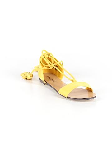 Shoedazzle Sandals Size 7 1/2