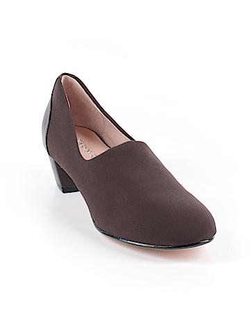 Taryn Rose Heels Size 7