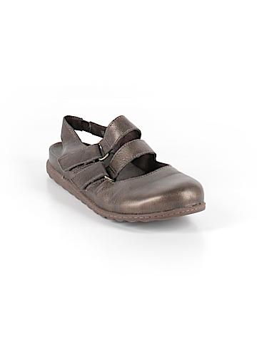 Born Flats Size 10
