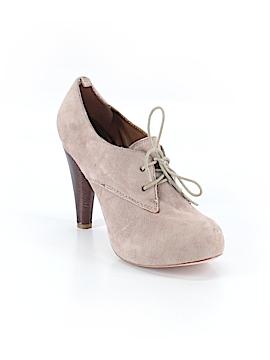 Cynthia Vincent Heels Size 8 1/2
