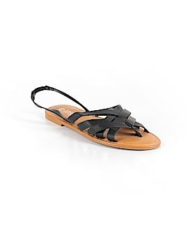 Rouge Sandals Size 7 1/2
