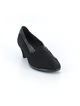 Munro American Heels Size 6