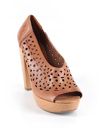 Lucky Brand Heels Size 8