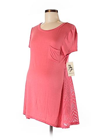 Three Seasons Maternity Short Sleeve T-Shirt Size M (Maternity)