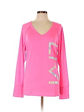 Livi Active Active T-Shirt Size 22/24 Plus (Plus)