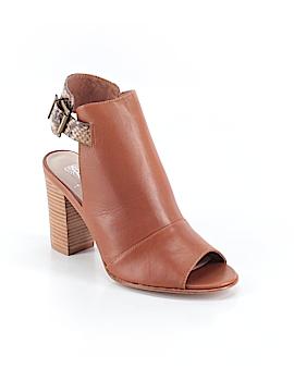 Andrew Stevens Heels Size 5 1/2