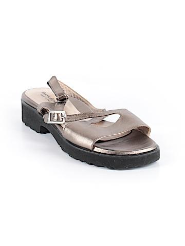 Taryn Rose Sandals Size 40.5 (EU)