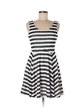 Doe & Rae Casual Dress Size M