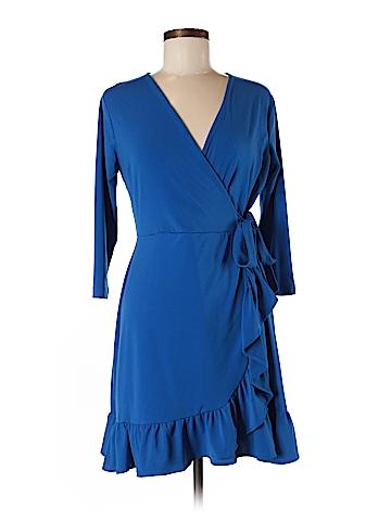 Beige by ECI Casual Dress Size M (Petite)
