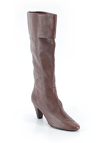 Tahari Boots Size 10