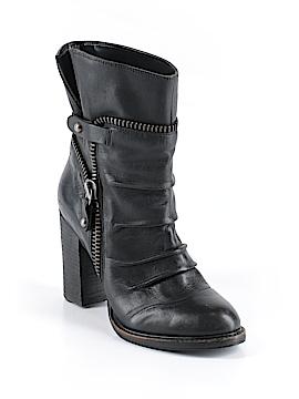 BCBGeneration Boots Size 6