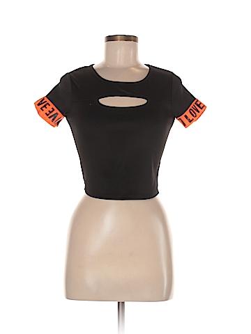 Love J Active T-Shirt Size M