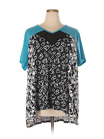 Avenue Short Sleeve T-Shirt Size 26 - 28 Plus (Plus)