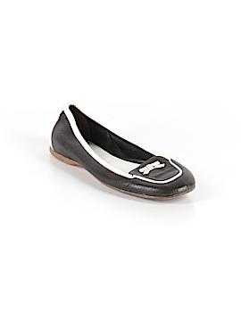 Prada Flats Size 35 (EU)