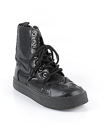 T.u.k. Sneakers Size 5