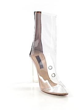 Yeezy Boots Size 37 (EU)