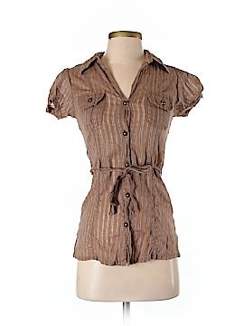 Flutterbye Short Sleeve Button-Down Shirt Size S
