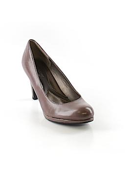 Naturalizer Heels Size 6