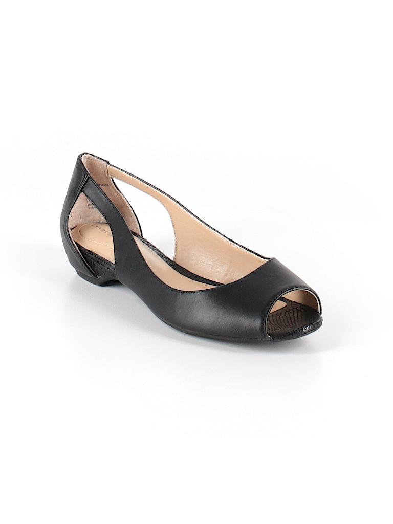 19fea4ecd60 Lands  End Solid Black Sandals Size 8 1 2 - 64% off
