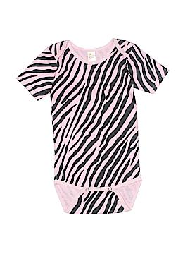 Laughing Giraffe Short Sleeve Onesie Size 12-18 mo