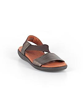 Gentle Souls Sandals Size 6