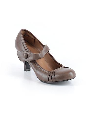 Xhilaration Heels Size 7