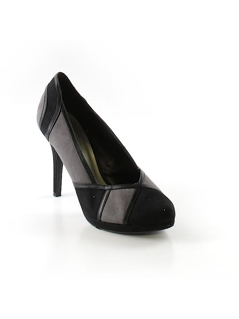 c2435ea8626feb Graceland Color Block Gray Heels Size 40 (EU) - 73% off