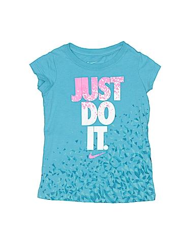 Nike Short Sleeve T-Shirt Size 2 - 3