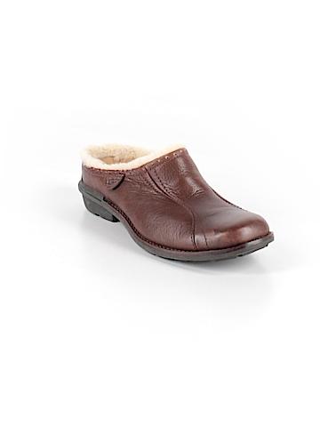 Ugg Australia Mule/Clog Size 5