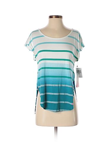 Pink Rose Short Sleeve T-Shirt Size XS