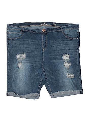 Almost Famous Denim Shorts Size 20 (Plus)
