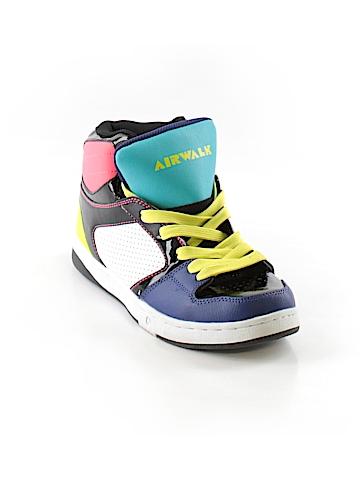 Airwalk Sneakers Size 9 1/2