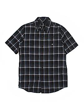 DC* Short Sleeve Button-Down Shirt Size M (Kids)