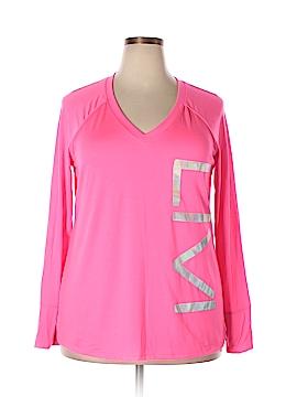 Livi Active Active T-Shirt Size 18/20 (Plus)