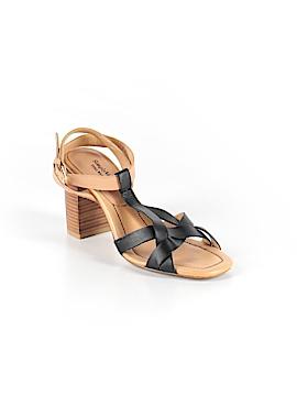 Simply Vera Vera Wang Heels Size 6 1/2
