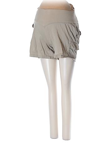 Liz Lange Maternity Cargo Shorts Size S (Maternity)