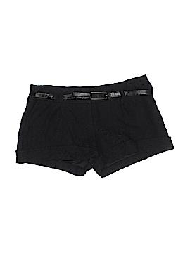 Flirtatious Dressy Shorts Size 7