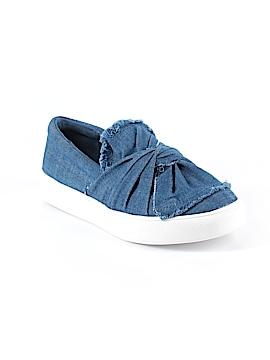 Mia Sneakers Size 6