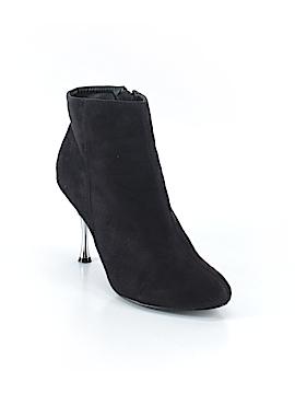 Lauren Alexandra Ankle Boots Size 6