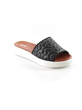 Mia Girl Sandals Size 8