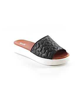 Mia Girl Sandals Size 7