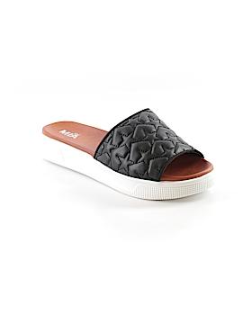 Mia Girl Sandals Size 8 1/2