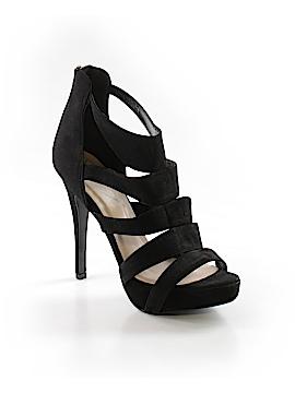 Delicious Heels Size 10