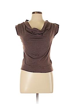 Label Short Sleeve Top Size L