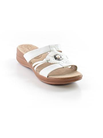 Bare Traps Sandals Size 9 1/2