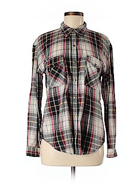 Life in Progress Long Sleeve Button-Down Shirt Size M