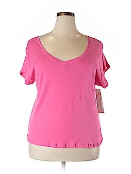 Love Short Sleeve T-Shirt Size 2X (Plus)
